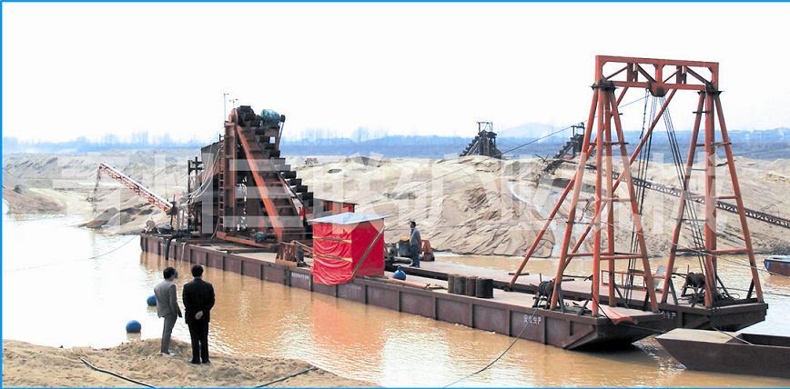 铁砂船_河沙选铁船_铁砂提取设备_旱地选铁设备_沙矿磁选机械