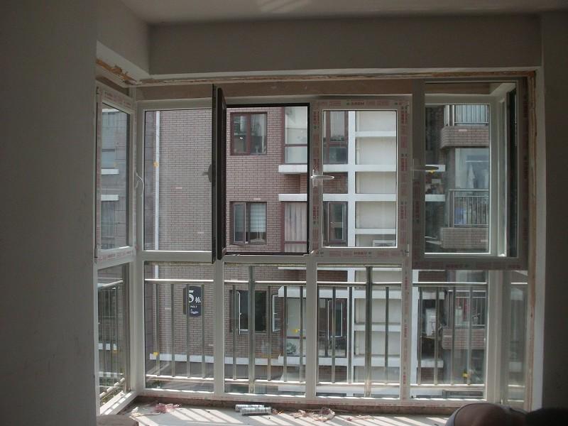 烟台物超所值的断桥铝门窗出售|莱山断桥铝门窗