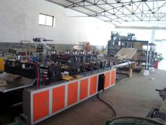 富达塑料机械公司牛皮纸气泡膜制袋机供货商:河南牛皮纸气泡膜制袋机