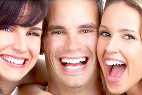 牙齿美白价格——文安牙齿正畸