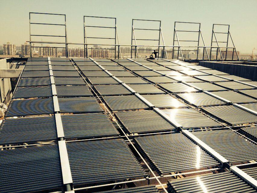 优质的太阳能集热工程河北提供 ,酒店用太阳能集热器