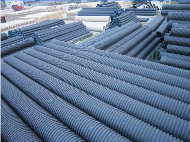 HDPE中空壁鋼帶纏繞管