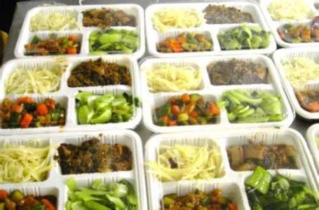 �_�\膳食管理服�展�司提供��I�K的企�I�N房管理服�铡�,其特色是什麽
