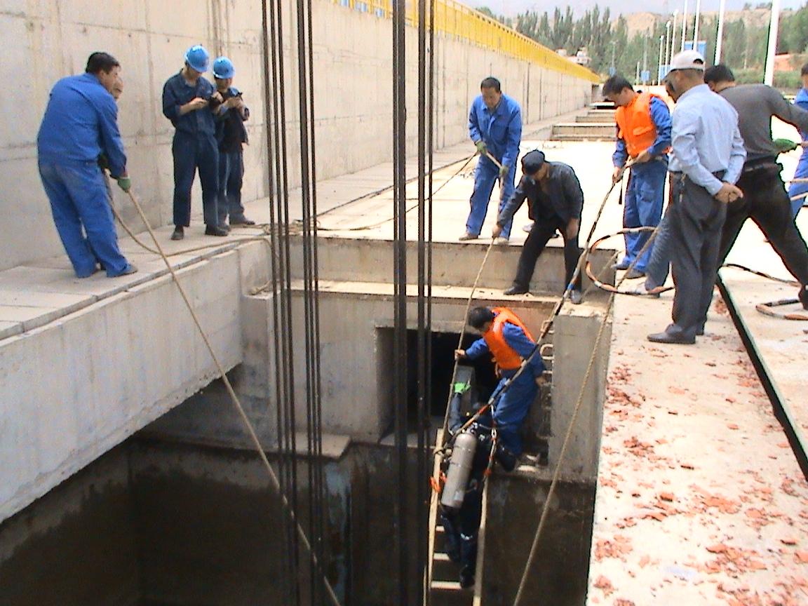 刘家峡清淤打捞-找可靠的潜水检查就到西北潜水公司
