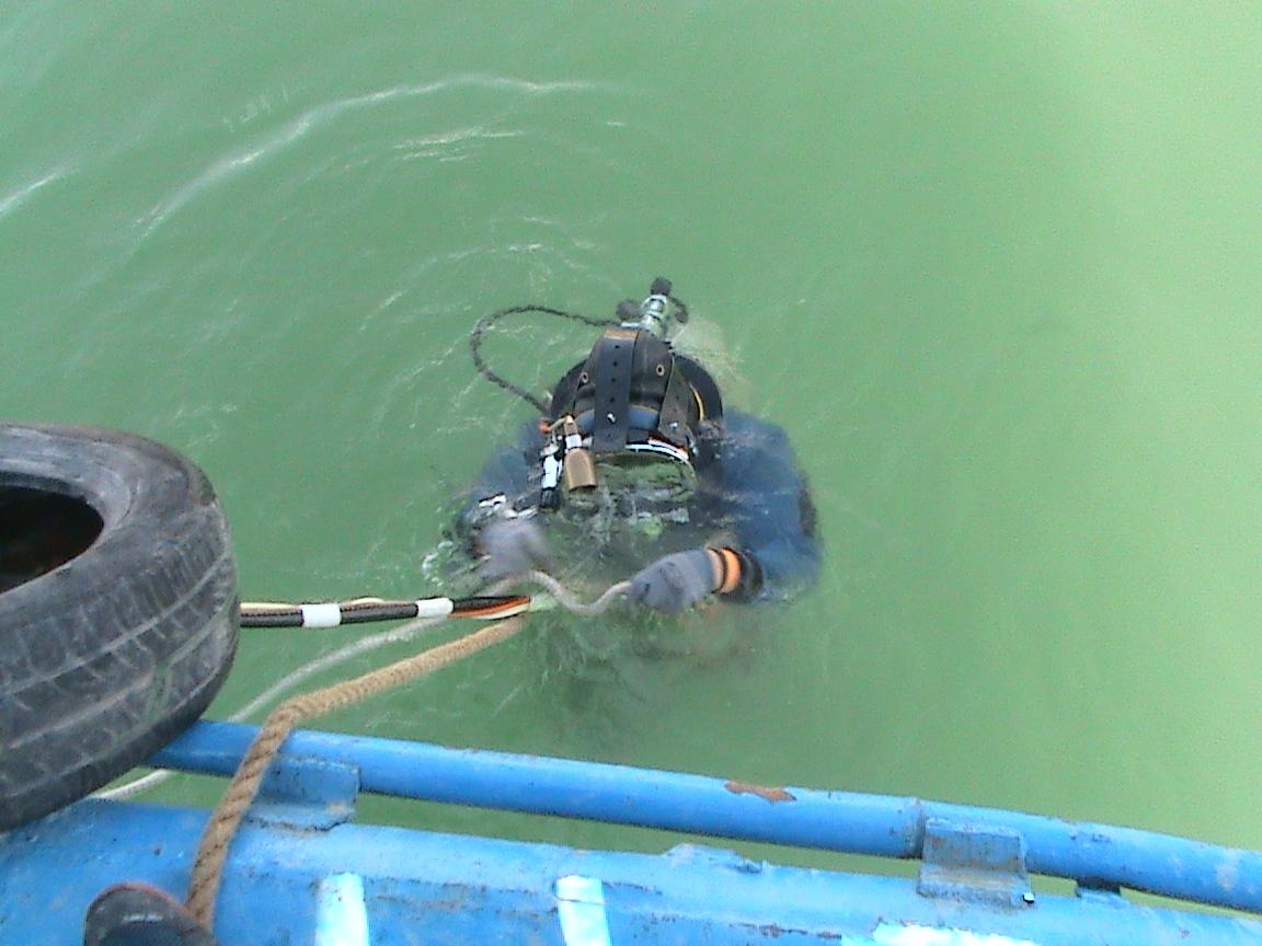 庆阳桥桩水下拆除_专业的潜水打捞西北潜水公司提供