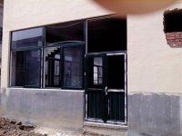 【供应】烟台彩色塑钢门窗/烟台门窗安装/高档门窗价格