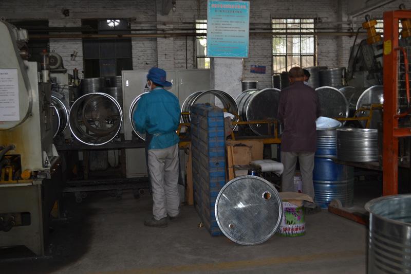 镀锌桶厂家-买价位合理的开口镀锌桶-就到齐鲁包装制品