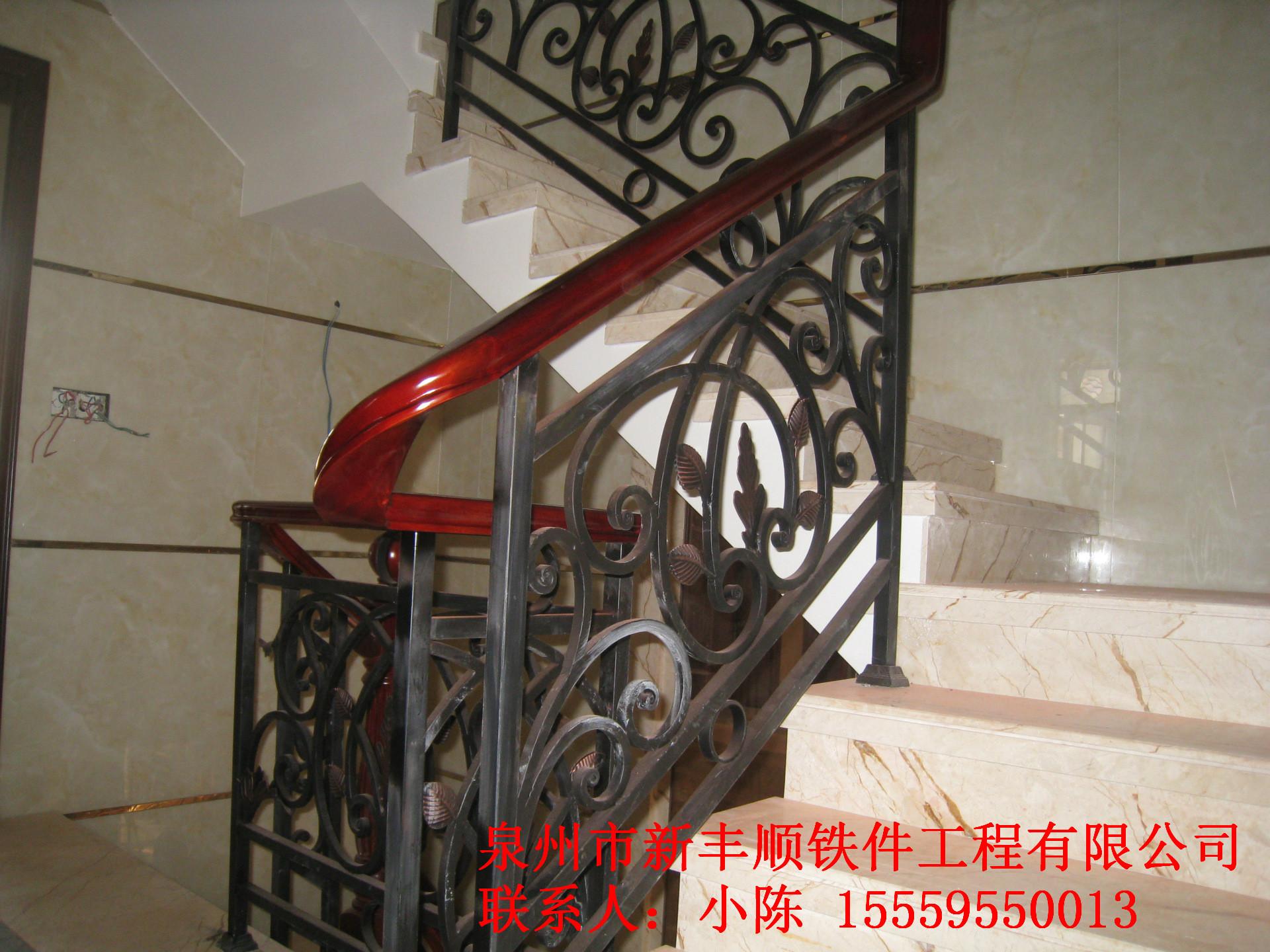 铁艺扶手楼梯