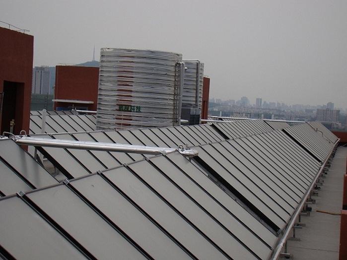 安徽鹏程集中供热式太阳能热水器加盟