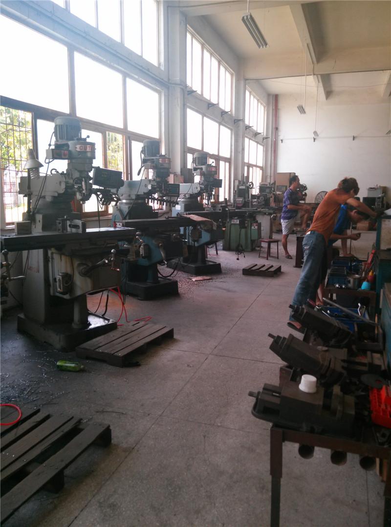 泉州模具公司|建腾塑胶——有保障的模具制造公司