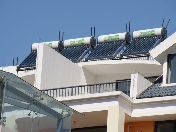 2015年安徽省自主创新品牌太阳能热水器——非鹏程莫属!