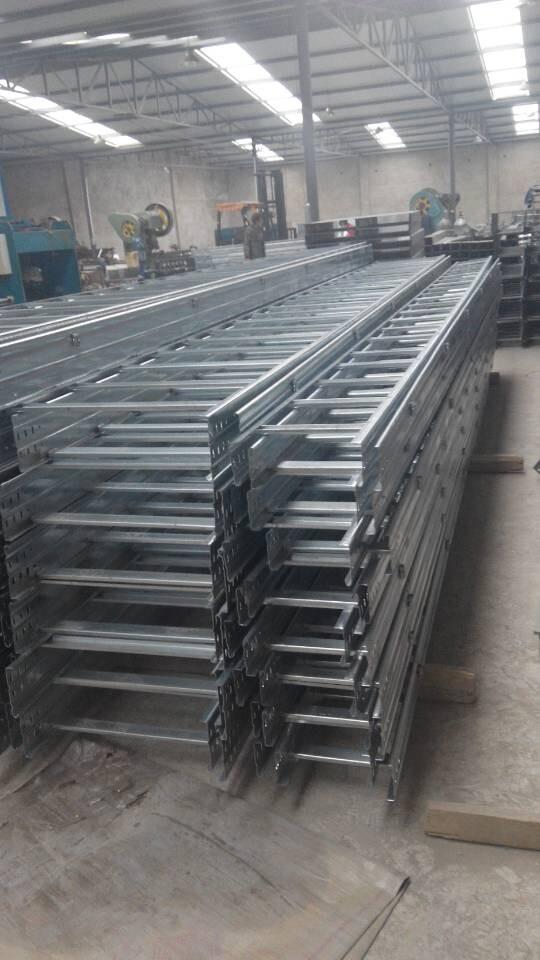青海电缆桥架厂家-兰州高性价电缆桥架厂家推荐