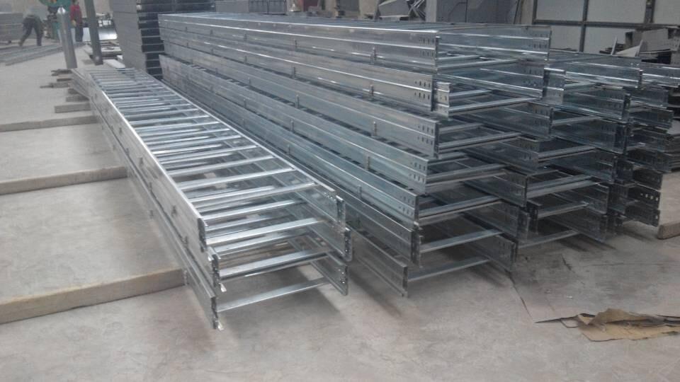 張掖電纜橋架蓋板|蘭州高性價電纜橋架廠家推薦