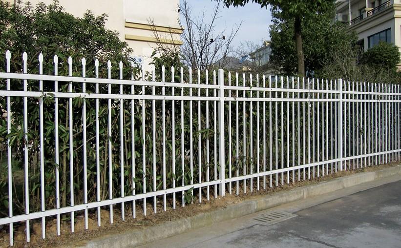 优质的交通标志牌_大量出售福州公路护栏