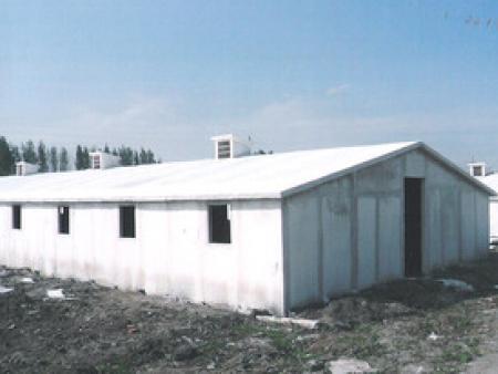 搭建集裝箱活動室