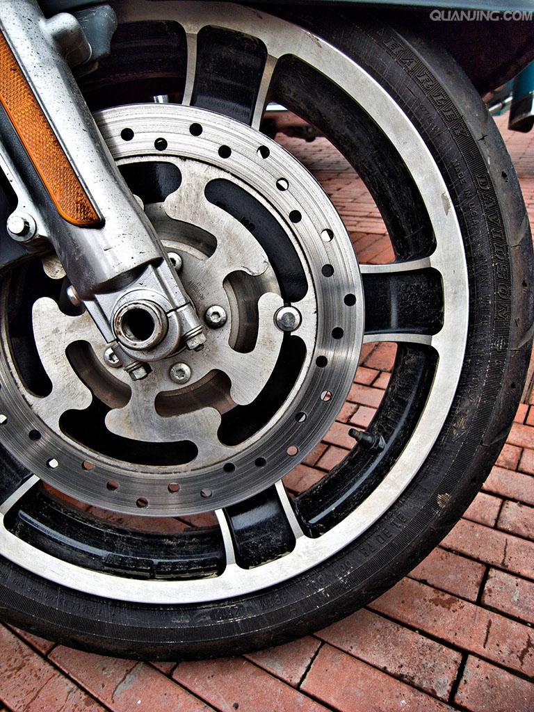 钟祥中意摩托车轮胎