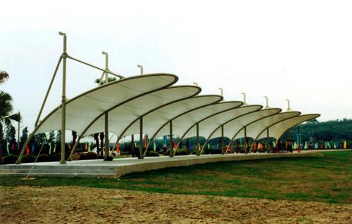 膜结构高尔夫球场价格-大量出售超值的索膜结构