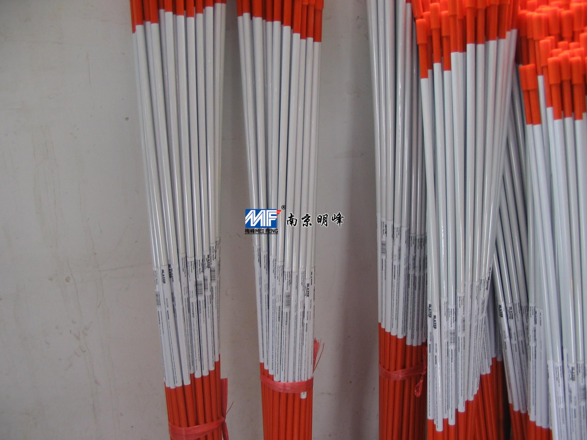 重慶玻璃纖維制品:買高質量的路標桿當然是到明峰復材了