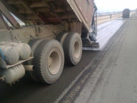 优质的车载式碎石撒布机-口碑好的XGSS3100型车载式碎石撒布机陕西万里供应