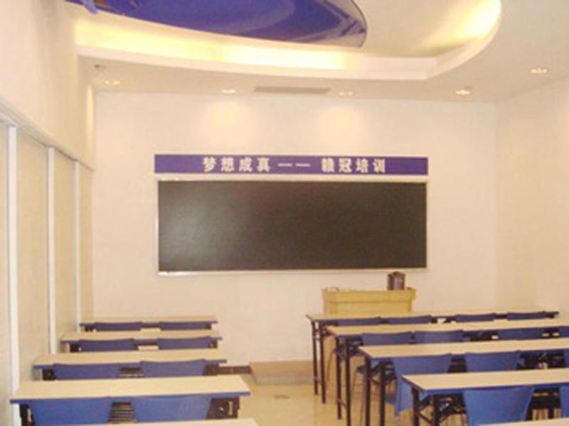 潍坊教学设备批发|【荐】山东质量好的平面教学黑板提供商