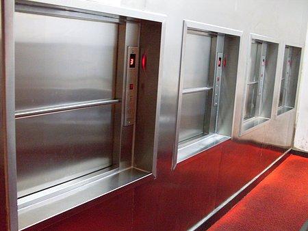 传菜电梯杂物电梯低价出售_想买实惠的传菜机,就来新疆金旭
