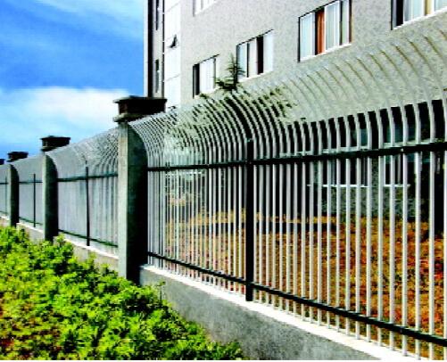 热镀锌喷塑围栏生产