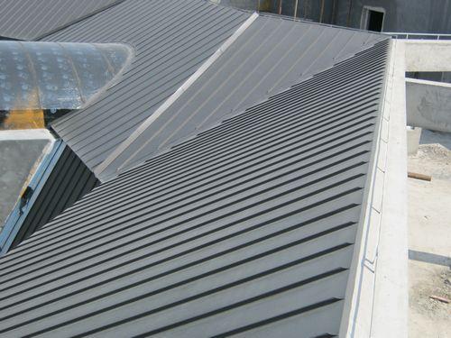 榆中聚氨酯墙面板-质量好评的铝镁锰板是由君诚轻钢彩板提供