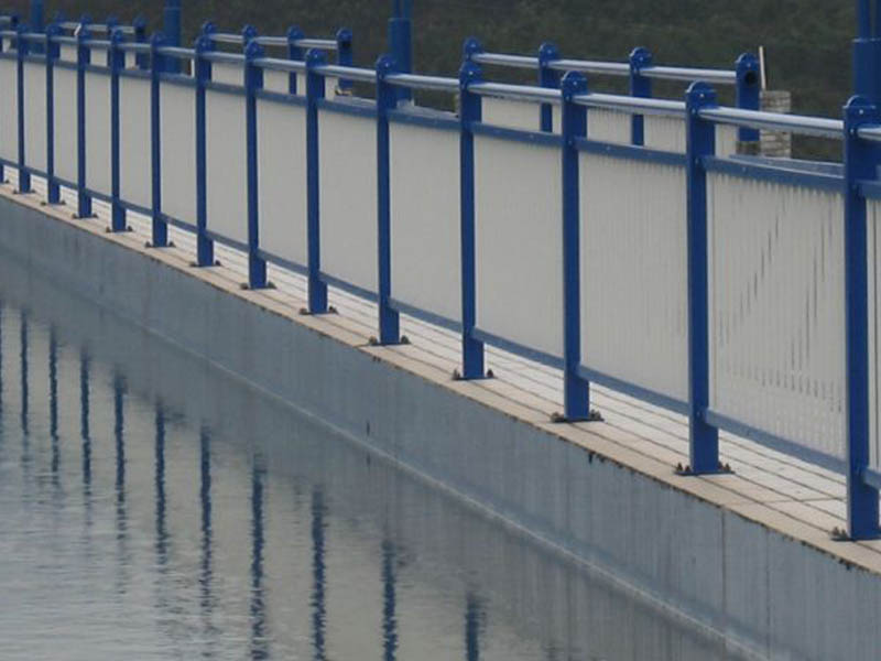 甘肃优惠的河道护栏,甘肃护栏供应商