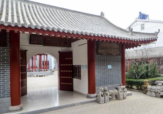 河南万里古建供应优质青灰瓦,灰筒瓦二十年,助力中国风建筑
