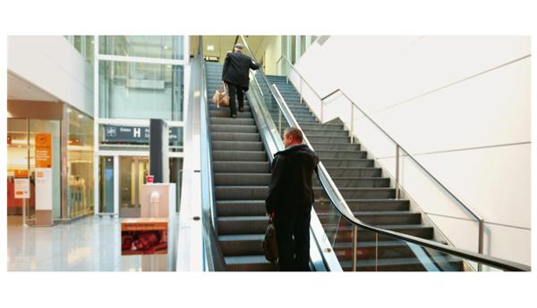 想買口碑好的自動扶梯,就來迅電電梯-淮安自動扶梯安裝