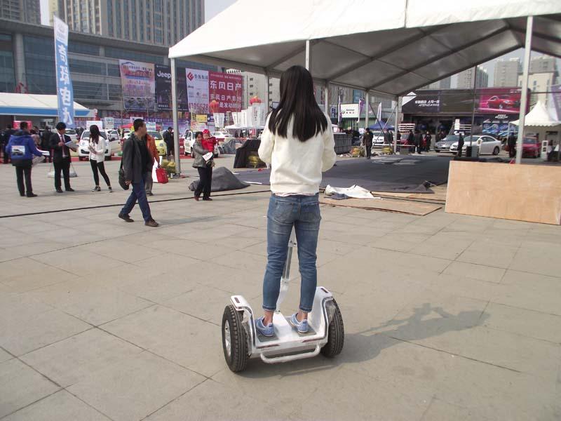 山东专业的电动平衡车:电动平衡车价格