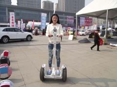 想买优惠的电动平衡车就来东华机电,电动平衡车哪里找
