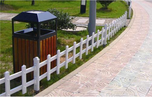 PVC护栏厂家