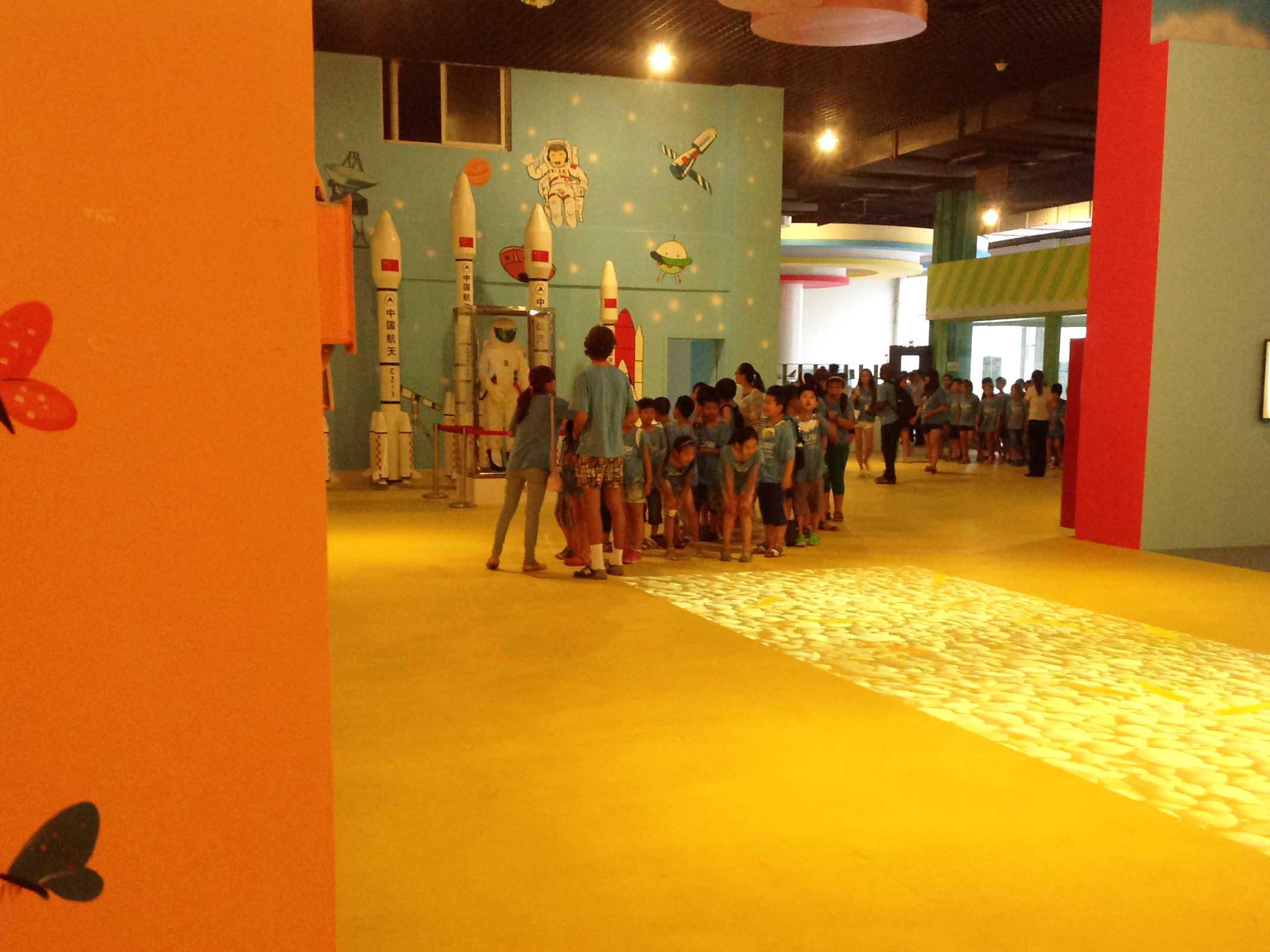 大型儿童游乐场:淄博地区优质的儿童游乐园提供
