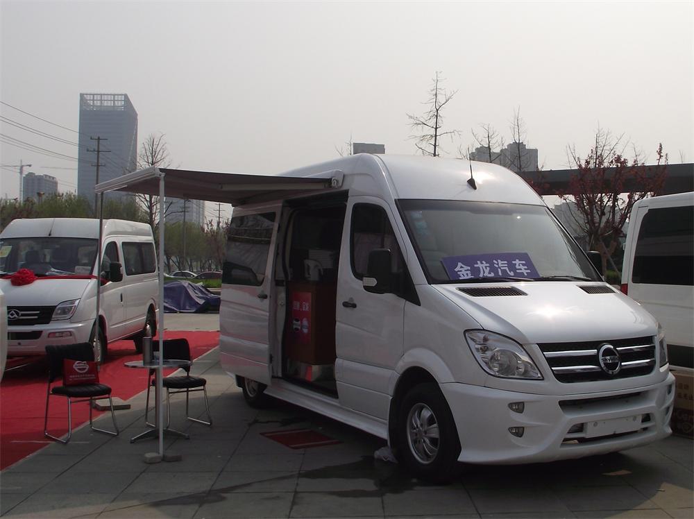 具有口碑的山东自行式B型家用房车市场价_小型旅游房车专卖