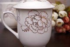 带盖杯低价批发:哪里有卖实惠的陶瓷盖杯礼盒套装
