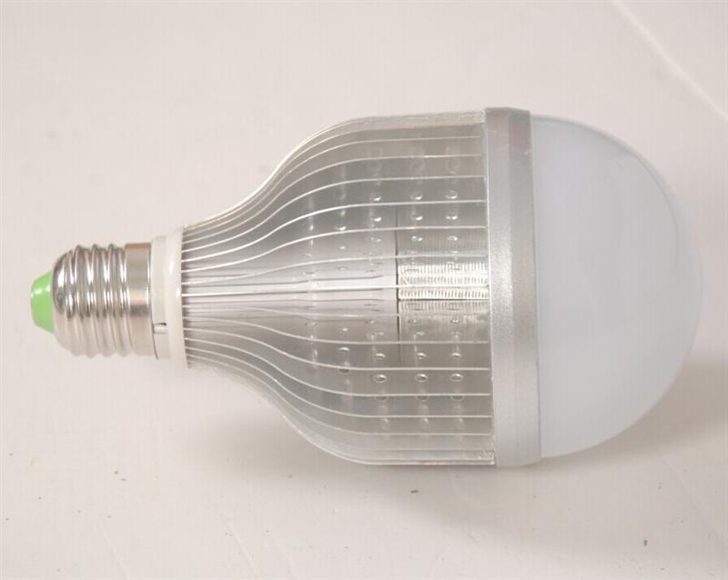 代理LED球泡灯,供应泉州地区新启发,LED球泡鳍片灯