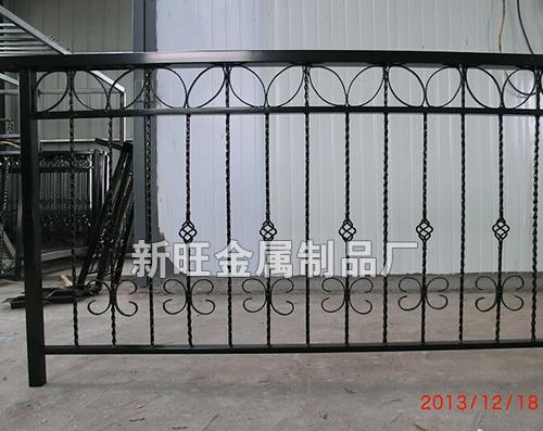 专业生产欧式铁艺围栏-258.com企业服务平台