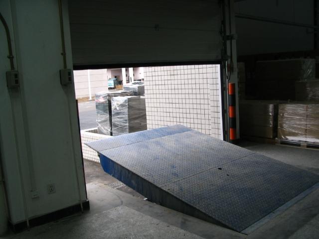 卸货平台安装维修