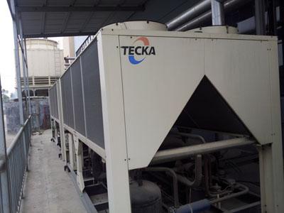 江苏省内回收风冷制冷机 中央空调 冷水机组快速上门估价请来电