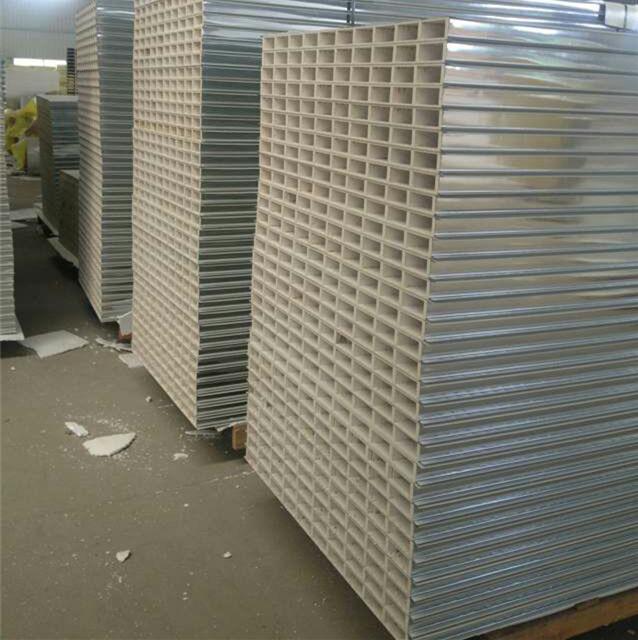 彩鋼板價位:如何選購最有性價比的中空玻鎂夾心彩鋼板