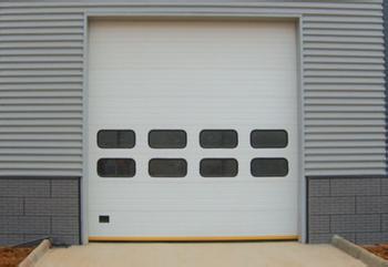 滑升门安装维修维保方案