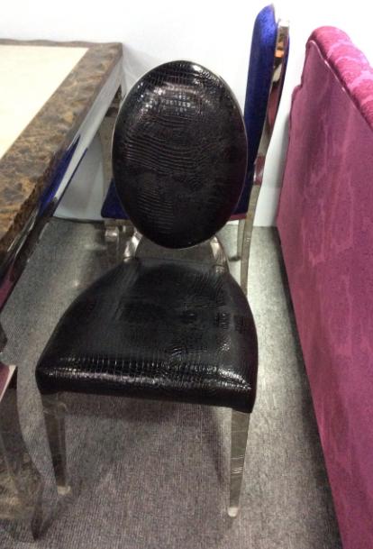 鳄鱼纹不锈钢餐椅