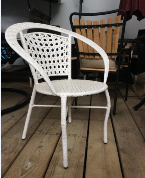 PVC白色编藤室外咖啡椅