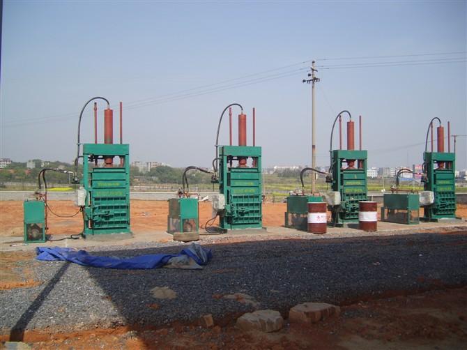 山东稻草液压打包机-划算的移动稻草液压打包机哪里有卖