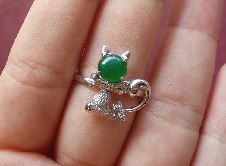 有利珠宝天然缅甸翡翠A货满绿猫咪戒指18K白金招财猫咪戒指