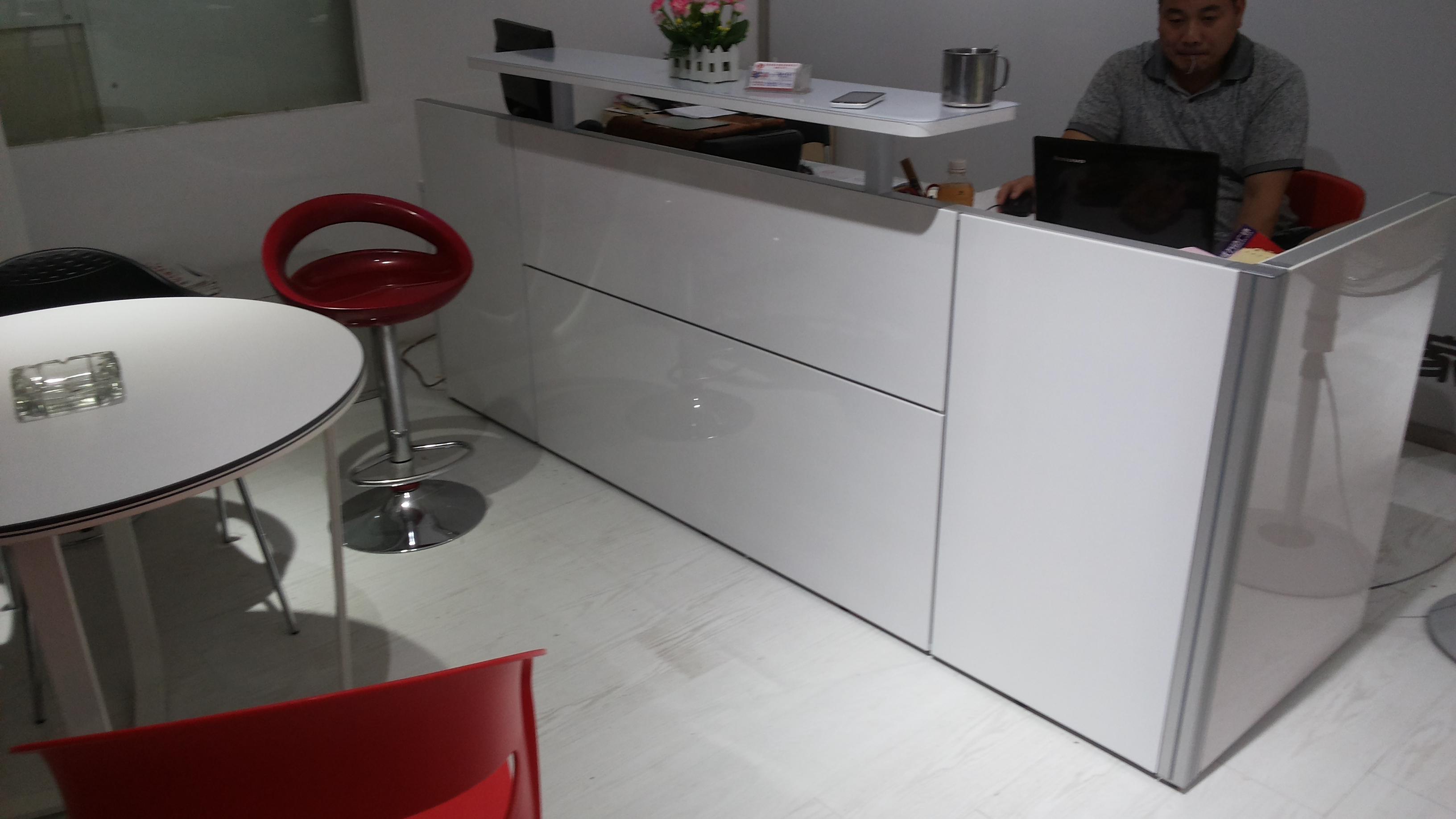 简约现代十字型屏风卡位办公桌屏风