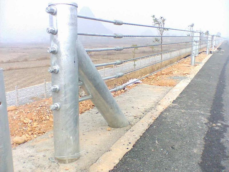 造型美观独特的钢索护栏推荐——景区柔性护栏
