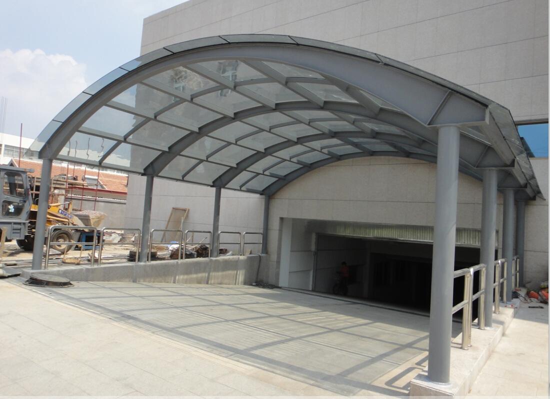 济南玻璃雨棚-金基钢结构工程提供的玻璃雨棚哪里好