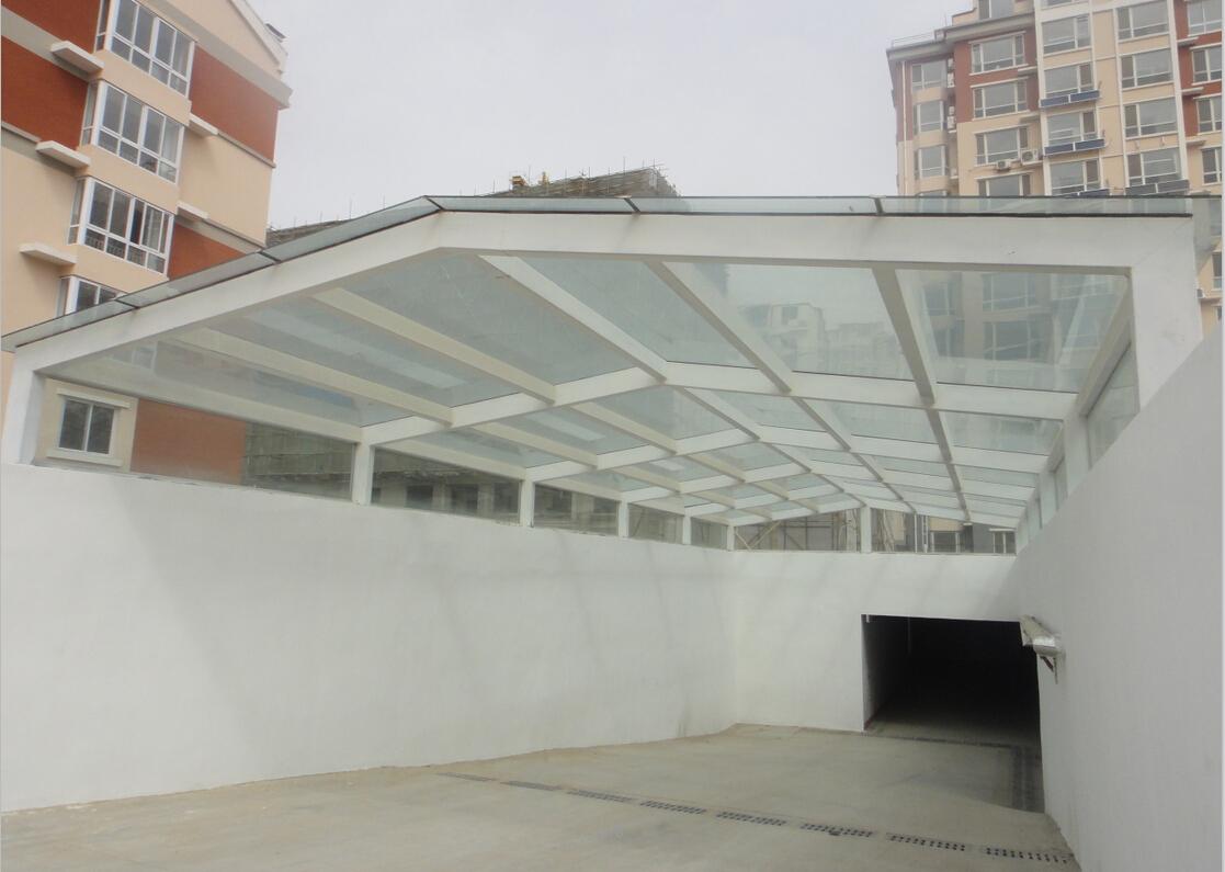 地下停车场出入口玻璃罩棚
